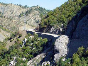 Typische Strassen in Albanien