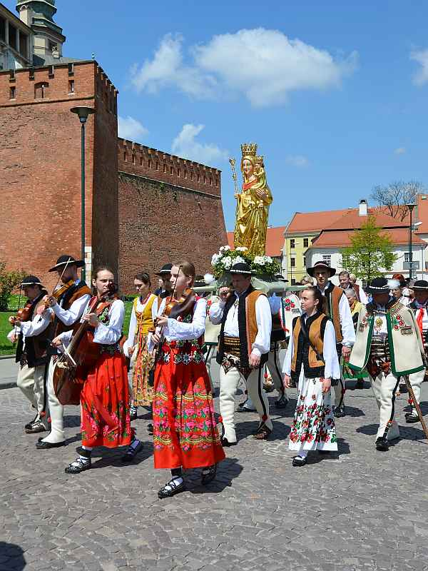 Traditionelle Prozession in Krakau, Polen (Foto: Ralf Hollstein)