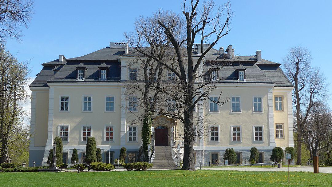 Blick auf Schloss Kreisau in Schlesien
