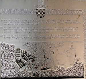 Gedenkplatte in Biograd